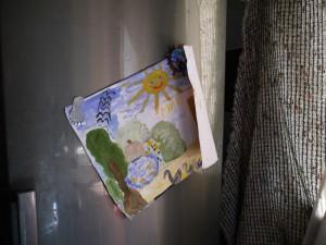 Детский рисунок на кухне